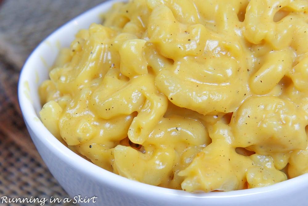 Crock Pot No Boil Mac and Cheese closeup.