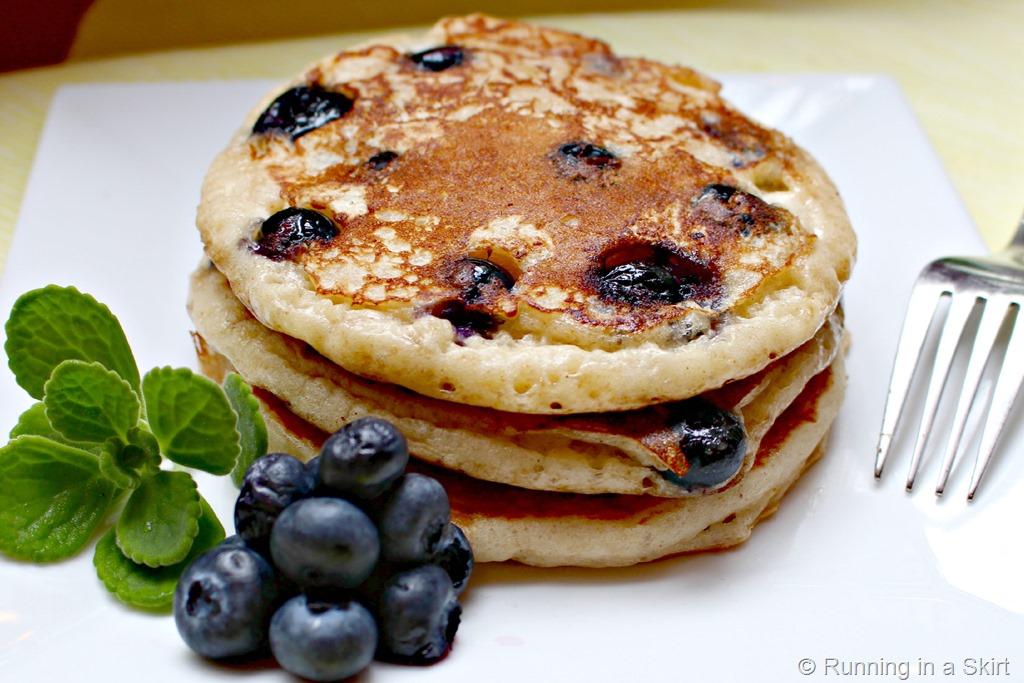 Greek_yogurt_blueberry_pancakes_2.jpg