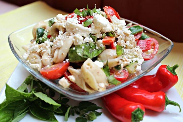 torilloni_greek_salad_4.jpg