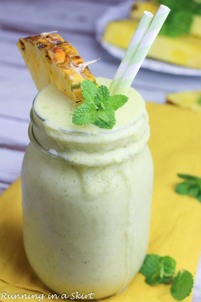 Photo showing the mint smoothie poured in a glass.