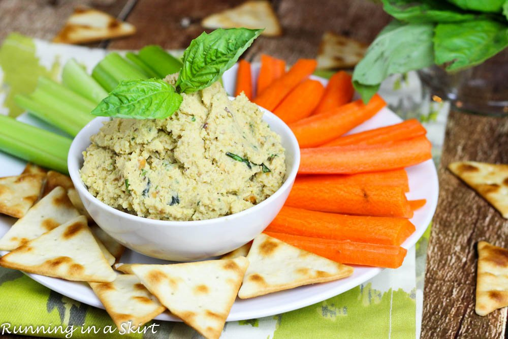 Pistachio Hummus - a delicous twist on humus! Perfect for a dip or sandwich/ Running in a Skirt