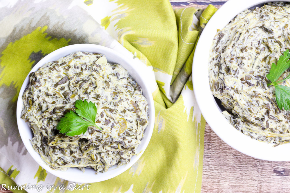 Low Fat Crock Pot Creamed Spinach- cheesy and delicious! Perfect for a holiday meal! / Running in a Skirt