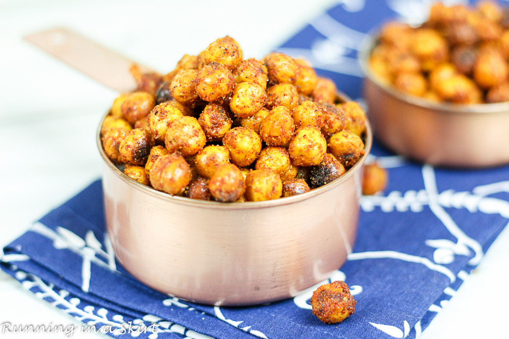 BBQ Roasted Chickpeas -easy, clean eating, healthy snack / Running in a Skirt