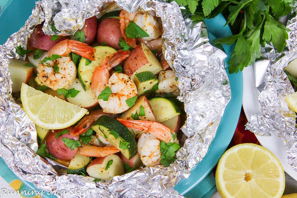 Fast Healthy Grilled Shrimp in Foil Recipe overhead shot.