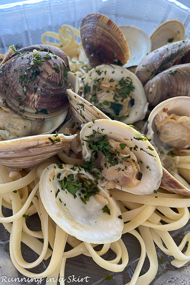 Linguine and Little Neck Clams from Cucina South